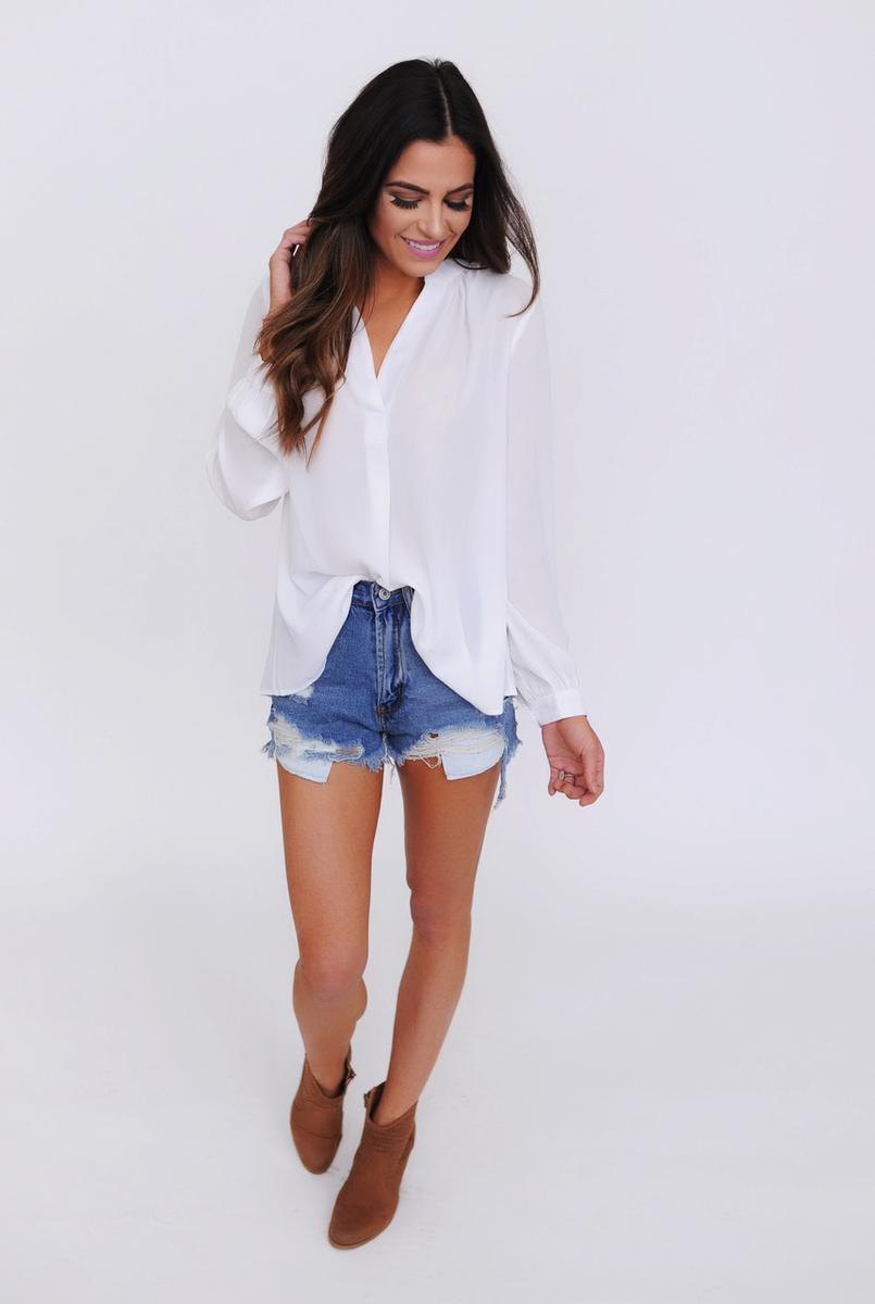 white top jean shorts | Dottie Couture Boutique